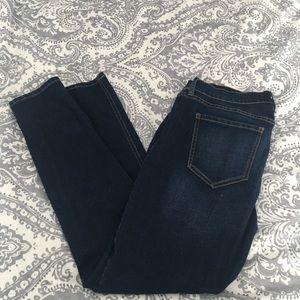 Denim - Old Navy size 4 Boyfriend Skinny Jeans